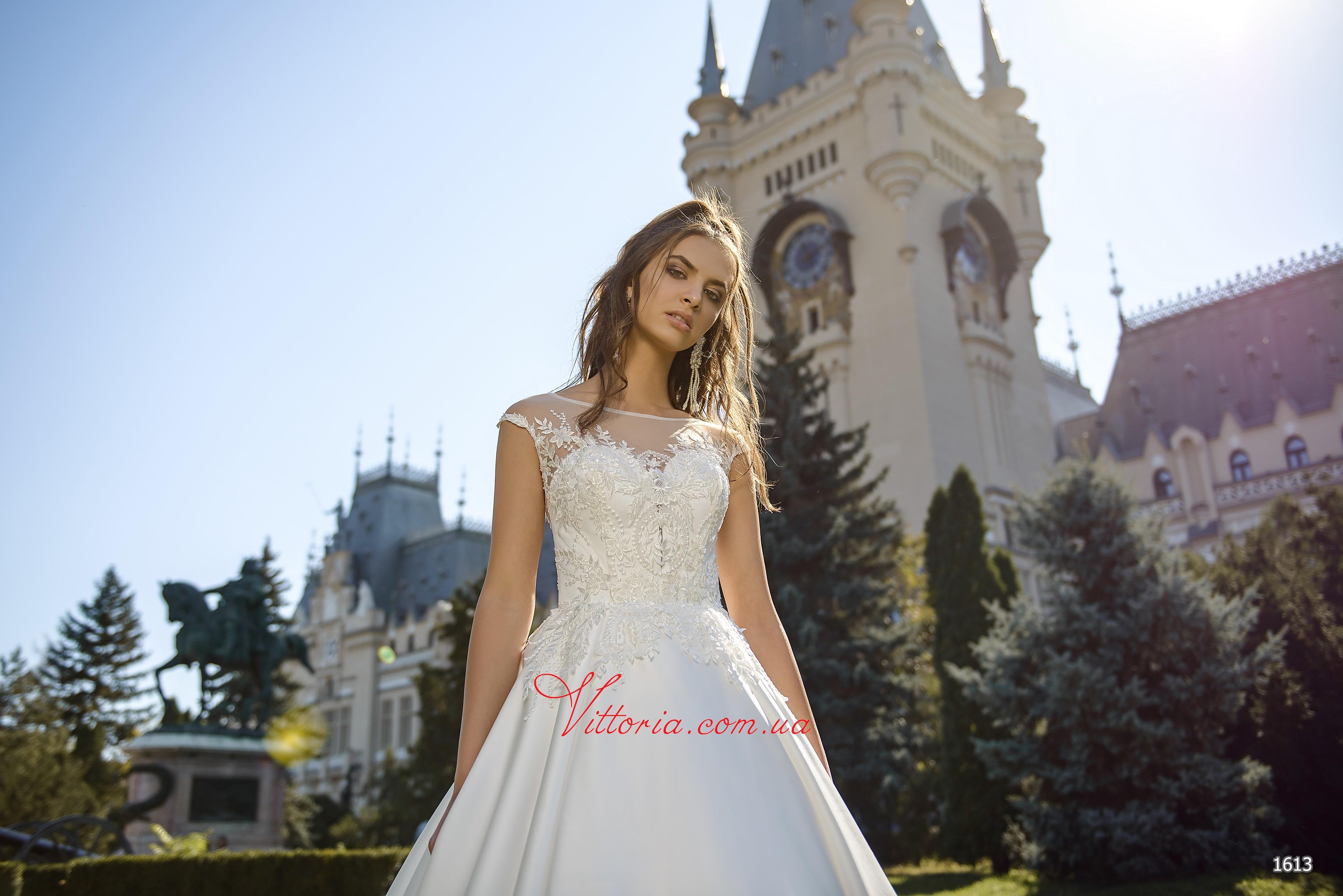 Свадебное платье 1613