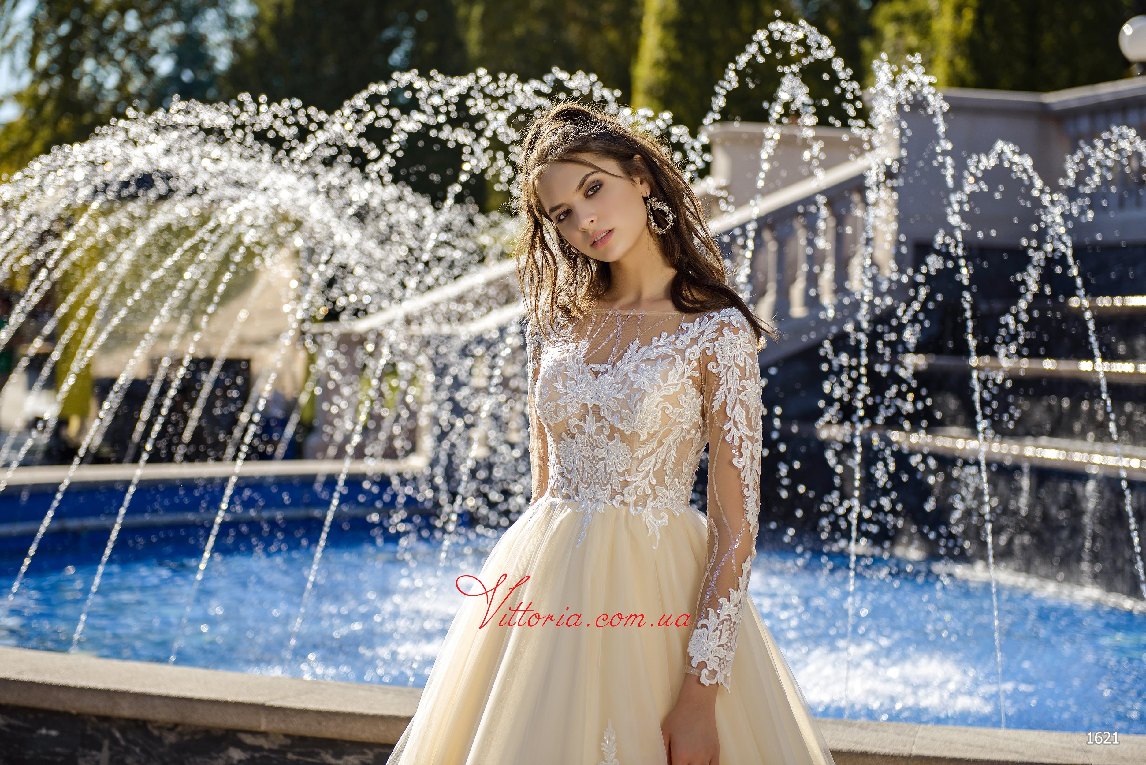 Свадебное платье 1621
