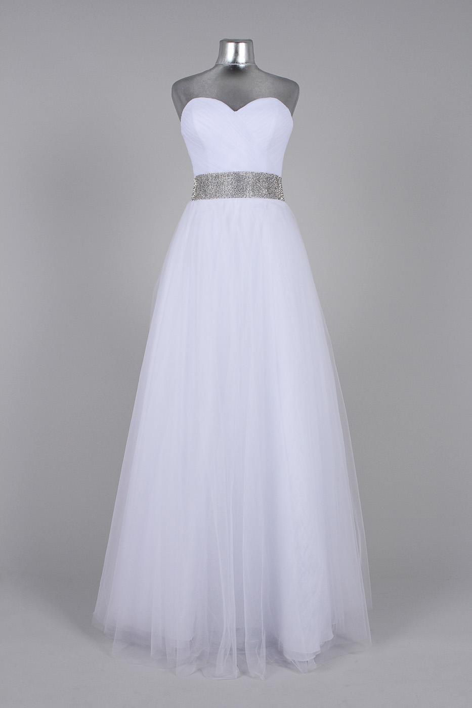 Фото на манекене свадебные платья